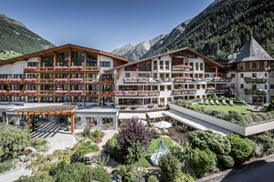 Heiraten - Hunde erlaubt - Tirol - Das Central - Alpine . Luxury . Life
