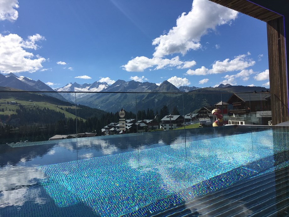Hochzeitslocation: FelsenBAD&SPA - Infinity Sky Pool - Das Alpenwelt Resort****SUPERIOR