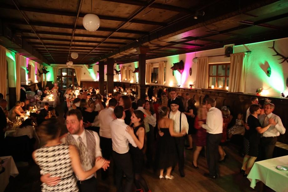 Gaststatte Rohrl Das Alteste Wirtshaus Der Welt Hochzeitslocation In Sinzing Deutschland