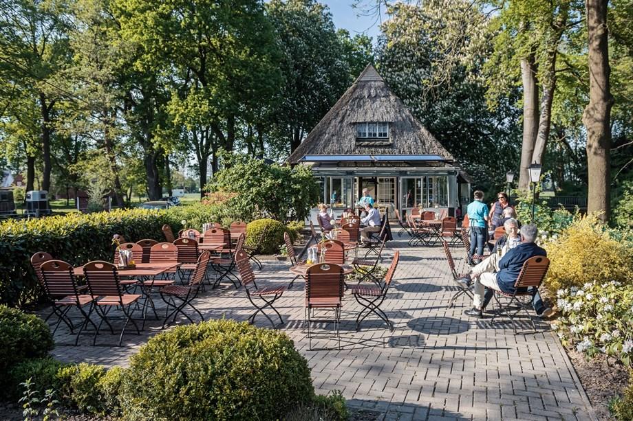 Wohnküche landhaus oberneuland  Wohnküche - LANDHAUS am Deich | Hochzeitslocation in Bremen, Deutschland