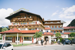 Heiraten - am Land - Tiroler Oberland - Heiraten im Wellnesshotel ZUM GOURMET in Tirol.