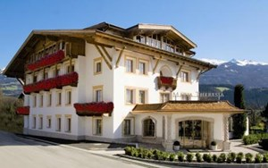 Heiraten - am Land - Innsbruck - Gartenhotel Maria Theresia