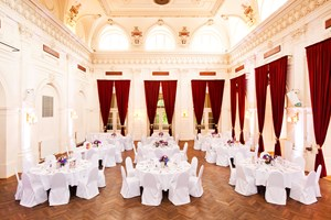 Heiraten - barrierefreie Location - Theatersaal - Casino Baumgarten