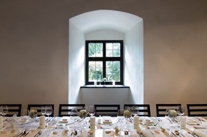 Heiraten - Tirol - Beheimsaal - Burg Hasegg - SALZRAUM.hall - livelocations